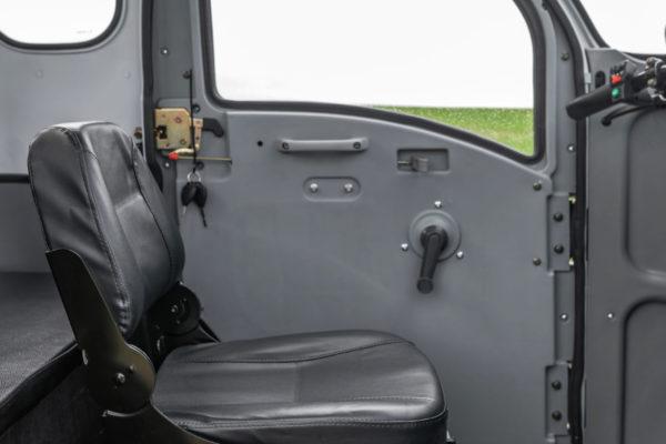 Elektrofrosch Elektro Kabinenroller Innenraum
