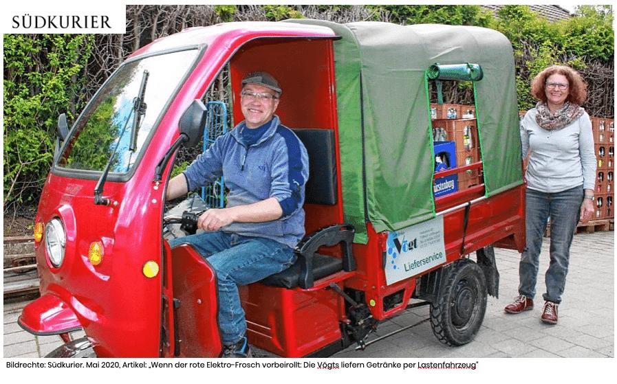suedkurier loeffingen elektrofrosch - Der rote Elektrofrosch: Die Vögts liefern Getränke aus