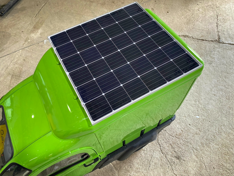 Elektrofrosch Max Solar 1 - Elektrofrosch MAX mit Solaranlage